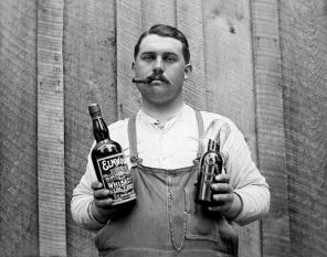 Drinking_CigarWhiskey